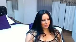 Cam girl video shows a bbw Arabian chick with big boobs